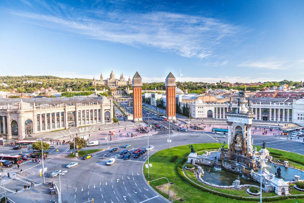 Considere Barcelona para viajar com os amigos