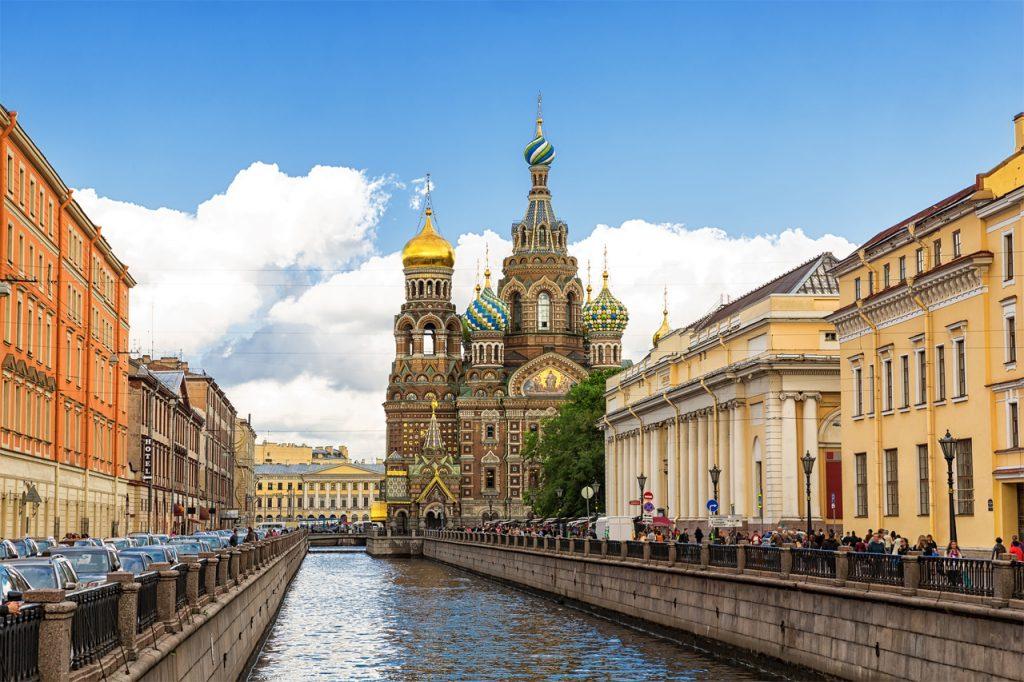 São Petersburgo tem atrações suficientes para ser visitada com os amigos