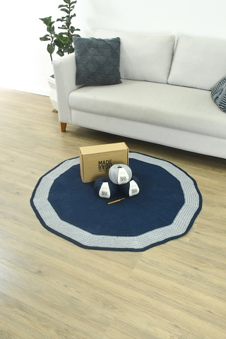 Made by You lança a coleção Reencontros, com kits compostos por produtos para confeccionar tapetes artesanais com fio de fibras recicladas