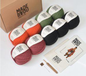 Cocriação das marcas reúne kits handmade para confeccionar peças versáteis e que são tendência para o Verão. Made by You e Atelier Lady Brown lançam coleção colaborativa