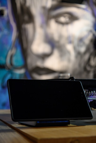 Restaurantes adotam cardápio digital para otimizar o atendimento